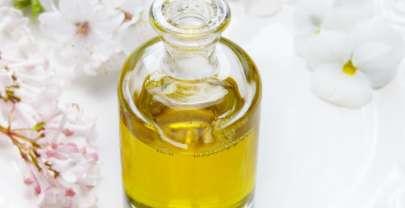 Les choses à savoir lorsque vous utilisez des huiles dans vos soins de la peau